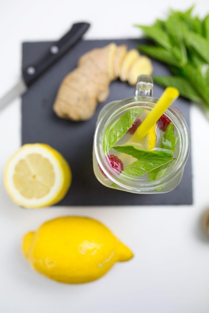 hausgemachter-ingwer-sirup-ingwer-limonade-cocktail-3