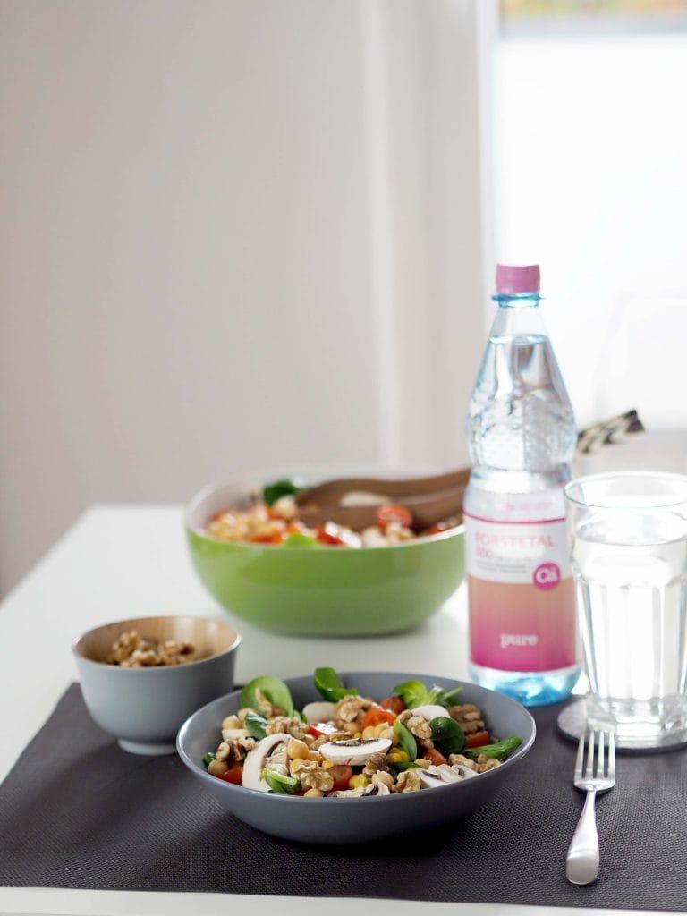 vegane-ernaehrung-salat